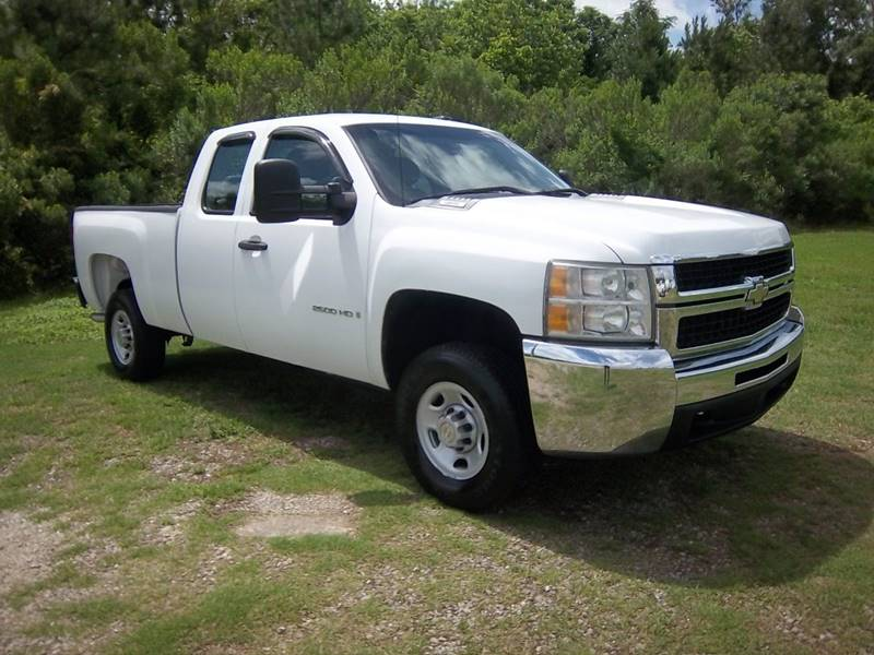 2008 CHEVROLET 2500 HD SILVERADO EXT CAB 4DR EXT CAB white this was a one owner fleet truck that