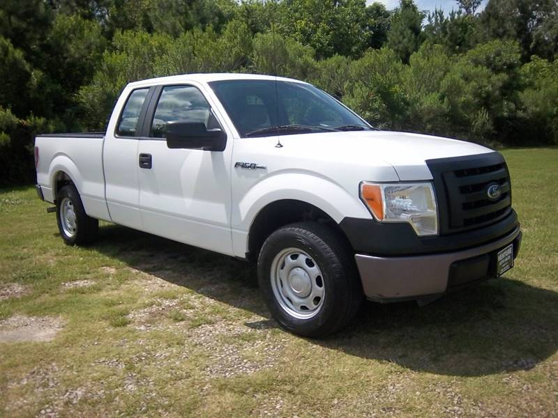 2010 FORD F-150 XL 4X2 4DR SUPERCAB STYLESIDE 6 white this is an exceptionally nice truck that