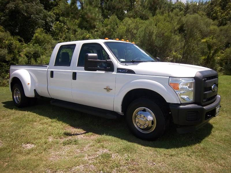 2012 FORD F350 XL DRWH DIESEL CCB 4DR CREW white looking for a heavy duty truck that will work as