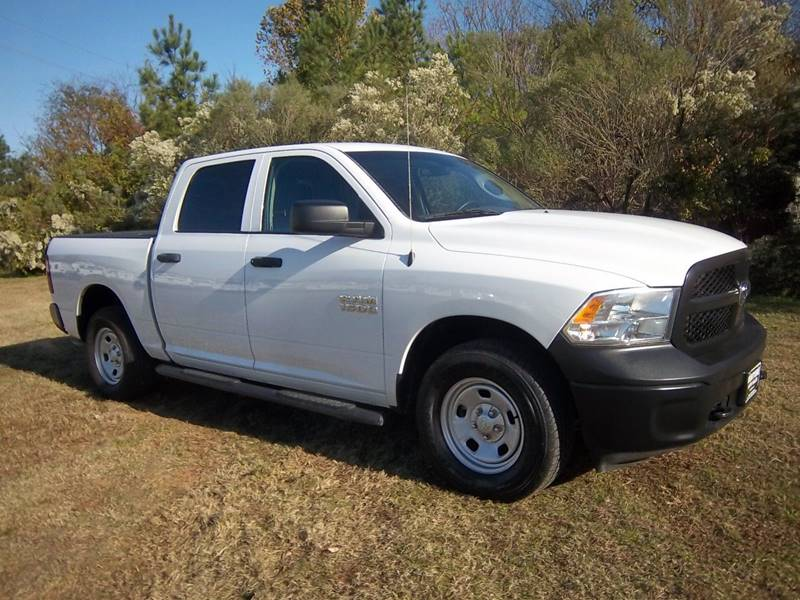 2015 RAM RAM PICKUP 1500 TRADESMAN 4X4 4DR CREW CAB 55 F white ram 1500 full 4dr crew cab with