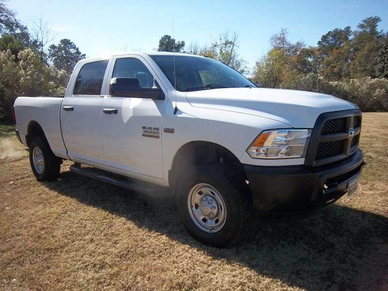 2016 RAM 2500 HD 4X4 CREW CAB 4DR 66 SHORT BED white ram 2500 hd full crew cab 4wd short bed