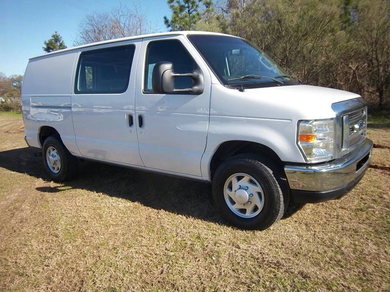2014 FORD E350 CARGO VAN 3DR white heavy duty cargo van that is built to work as hard as you do