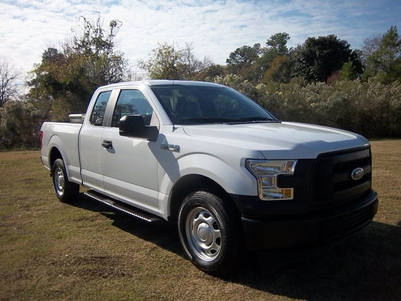 2017 FORD F150 XL EXENDED CAB 4DR white this is an unbelievably clean f150 xl 4dr extended cab