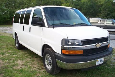 2016 Chevrolet Express Passenger for sale in Stanley, VA