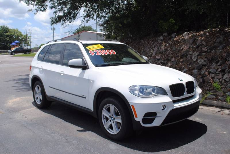 2013 BMW X5 XDRIVE35I AWD 4DR SUV white exhaust - dual tip door handle color - body-color exhau