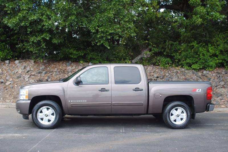 2008 CHEVROLET SILVERADO 1500 LT2 4WD 4DR CREW CAB 58 FT SB brown 4x4   no accidents blue to