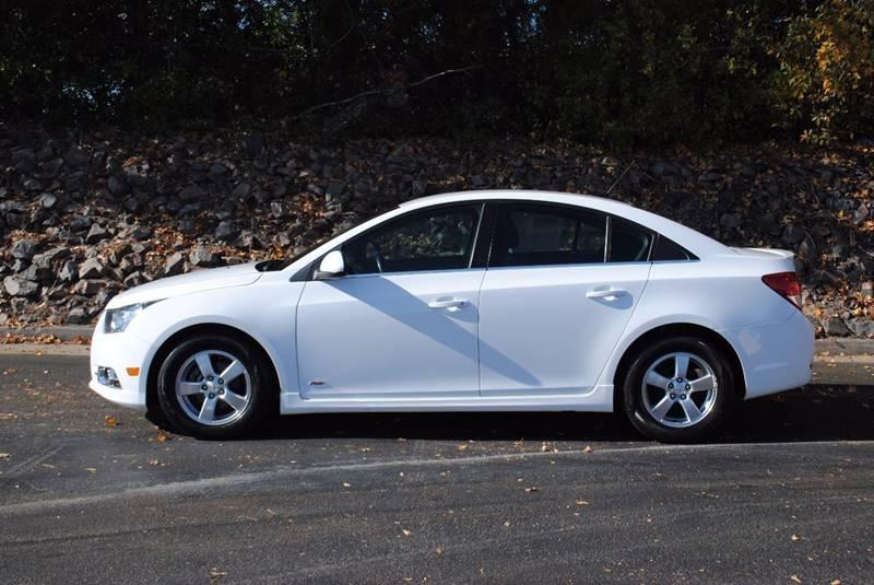 2011 CHEVROLET CRUZE LT 4DR SEDAN W1LT white bluetooth alloy wheels body side moldings - chrome