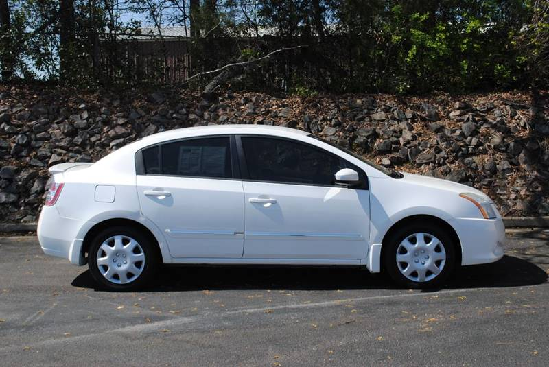 2012 NISSAN SENTRA 20 4DR SEDAN 6M white door handle color - body-color front bumper color - bo