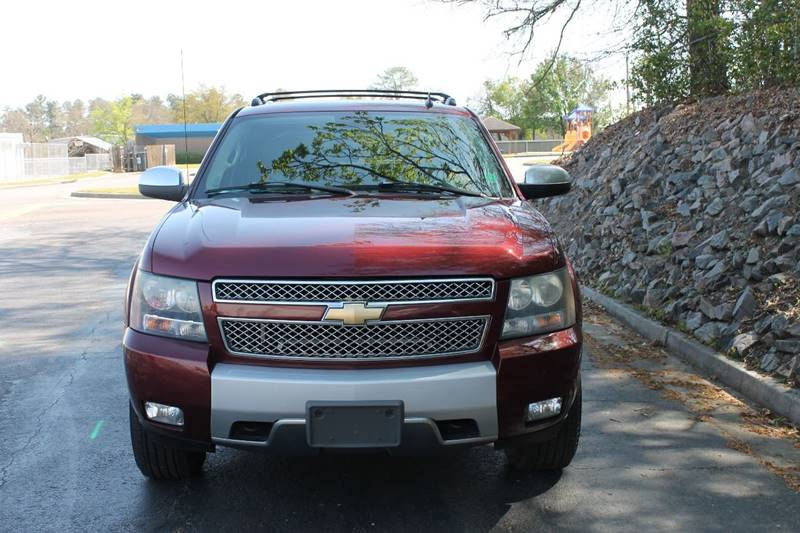 2008 CHEVROLET AVALANCHE LT 4X4 4DR CREW CAB SB burgundy pickup bed light pickup bed liner pick