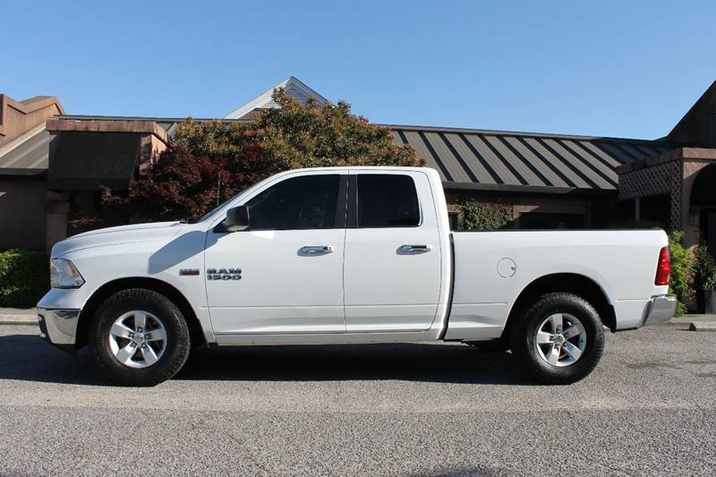 2014 RAM RAM PICKUP 1500 SLT 4X2 4DR QUAD CAB 63 FT SB white pickup bed light tailgate - remova
