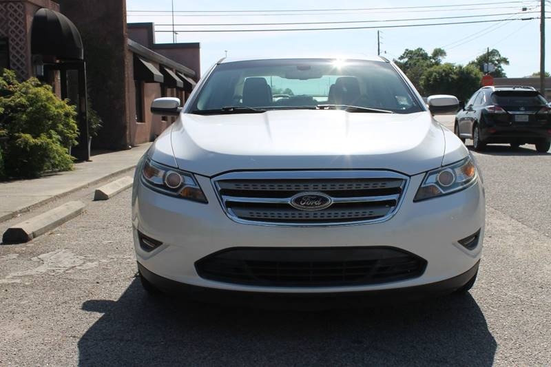 2011 FORD TAURUS SEL 4DR SEDAN white exhaust - dual tip door handle color - body-color exhaust