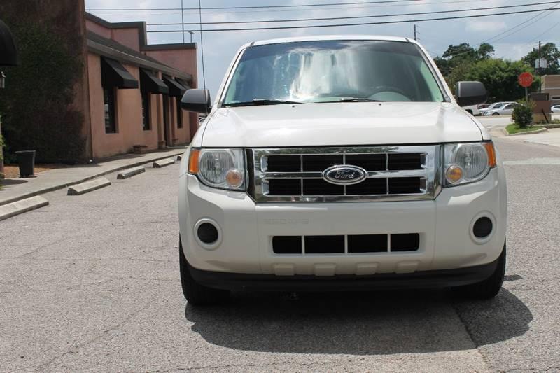 2012 FORD ESCAPE XLS 4DR SUV white door handle color - black front bumper color - body-color gr
