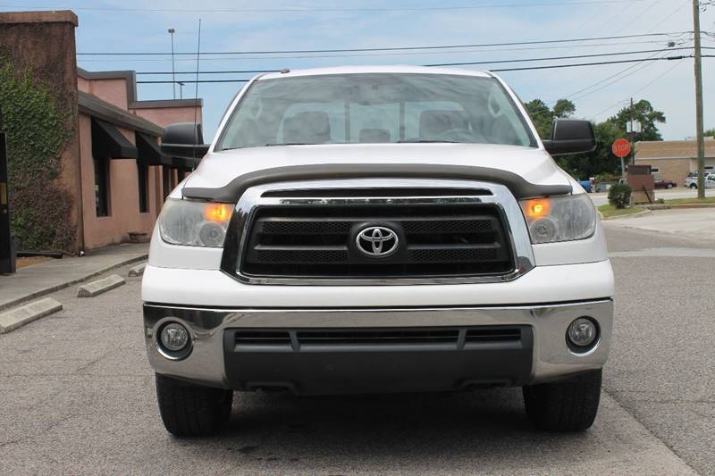 2012 TOYOTA TUNDRA GRADE 4X4 4DR DOUBLE CAB PICKUP white back up camera on rear-view towing and