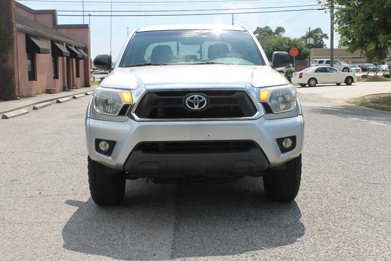2012 TOYOTA TACOMA V6 4X4 4DR DOUBLE CAB 61 FT SB gray mudguards - front tailgate - removable