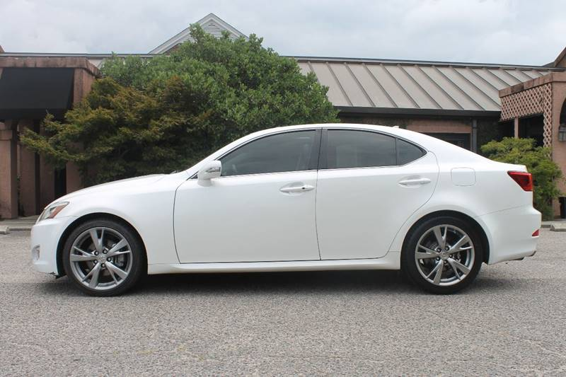 2010 LEXUS IS 250 BASE 4DR SEDAN 6A white very clean push start keyless entry sunroof bluetoo