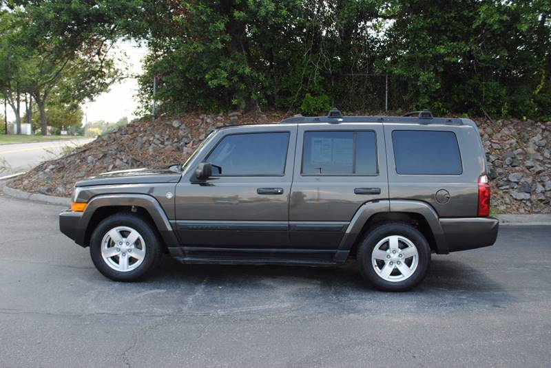 2006 JEEP COMMANDER BASE 4DR SUV brown floor mat material - carpet floor mats - front floor mat