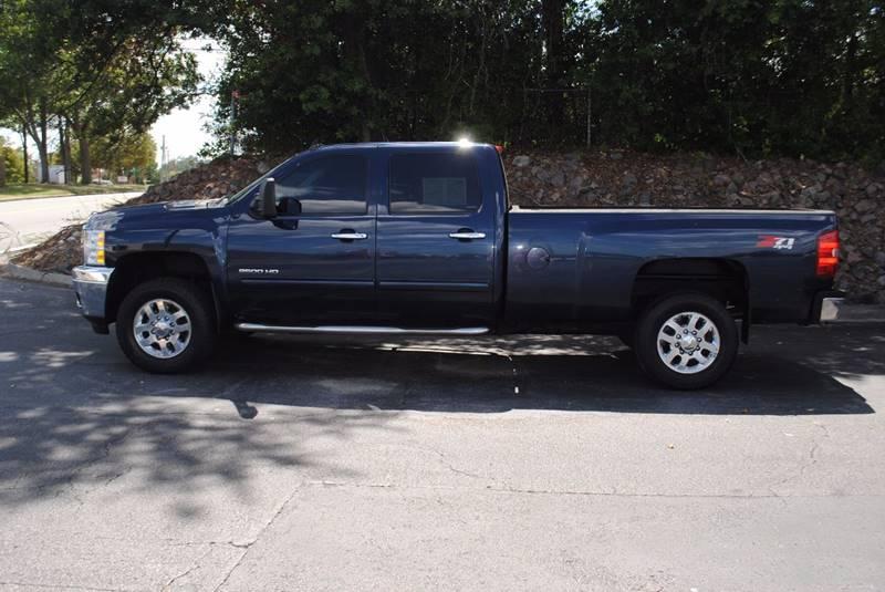 2011 CHEVROLET SILVERADO 2500HD LTZ 4X4 4DR CREW CAB LB blue pickup bed light pickup bed type -