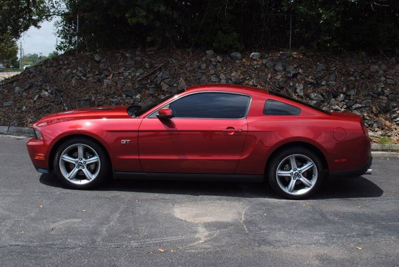 2010 FORD MUSTANG GT PREMIUM 2DR COUPE red exhaust - dual tip exhaust tip color - polished alumi
