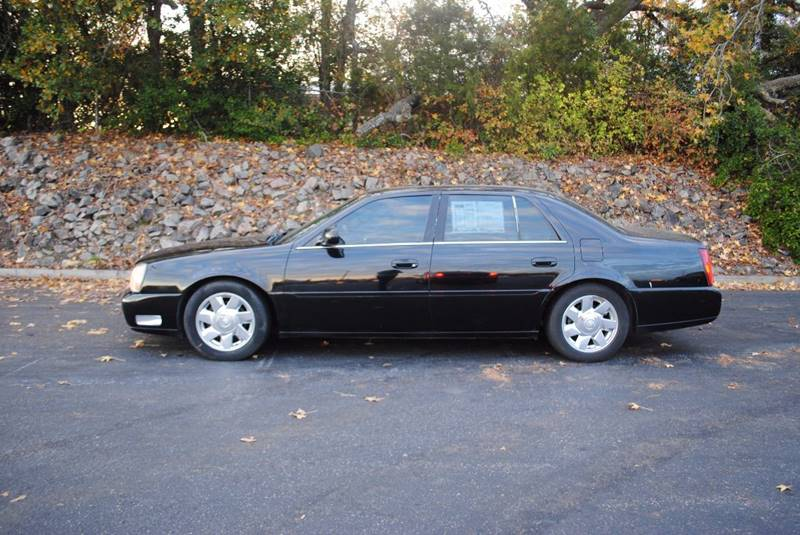 2002 CADILLAC DEVILLE DTS 4DR SEDAN black fully loaded great cash car must see front air condi