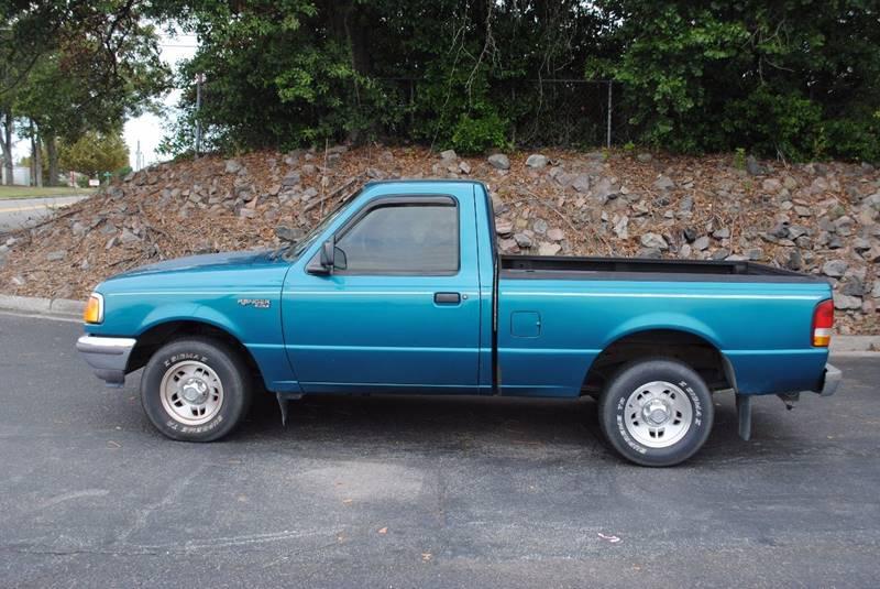 1997 FORD RANGER XLT 2DR STANDARD CAB SB green front bumper color - chrome rear bumper color - c