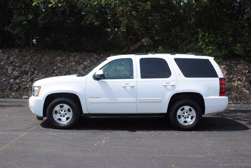 2011 CHEVROLET TAHOE LT 4X2 4DR SUV white running board color - black running boards - step tra