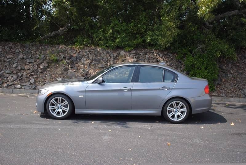 2011 BMW 3 SERIES 328I 4DR SEDAN gray exhaust tip color - stainless-steel front bumper color - b
