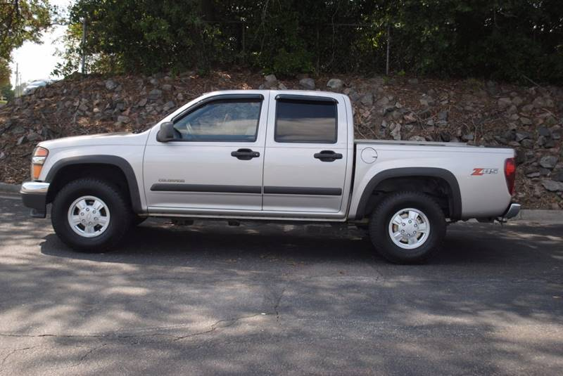 2005 CHEVROLET COLORADO Z71 LS 4DR CREW CAB 4WD SB gray 105019 miles VIN 1GCDT136358250419