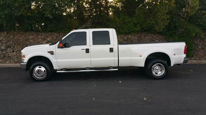 2008 FORD F-350 SUPER DUTY LARIAT 4DR CREW CAB 4WD SB DRW white pickup bed light pickup bed type