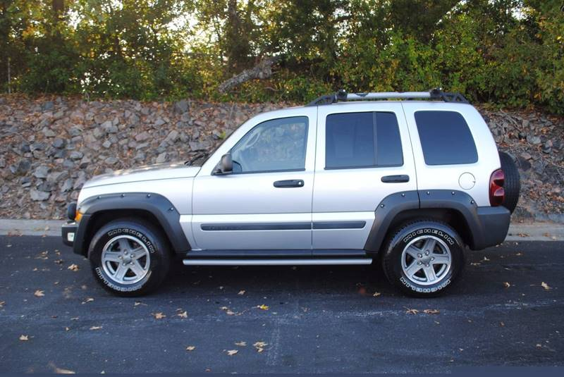 2006 JEEP LIBERTY RENEGADE 4DR SUV silver cute clean car great starter vehicle power windows