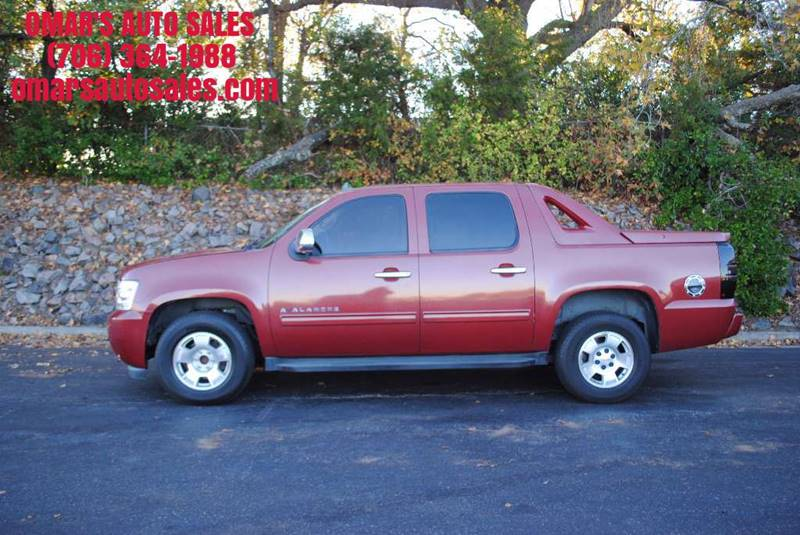 2009 CHEVROLET AVALANCHE LS 4X2 CREW CAB 4DR burgundy no accidents 3 months free sirius satell