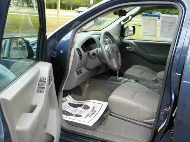 2014 Nissan Frontier 4x2 SV 4dr Crew Cab 5 ft. SB Pickup 5A - Middleburg FL