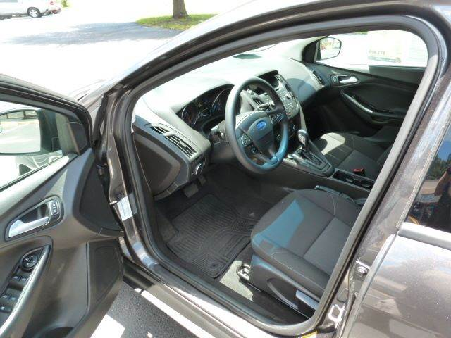 2016 Ford Focus SE 4dr Hatchback - Middleburg FL