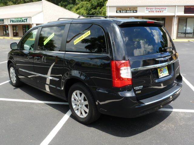 2014 Chrysler Town and Country Touring 4dr Mini-Van - Middleburg FL