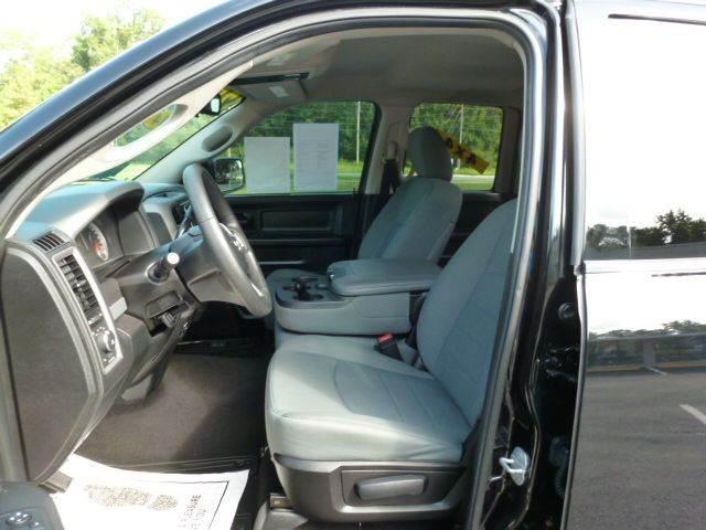 2014 RAM Ram Pickup 1500 4x4 Express 4dr Quad Cab 6.3 ft. SB Pickup - Middleburg FL