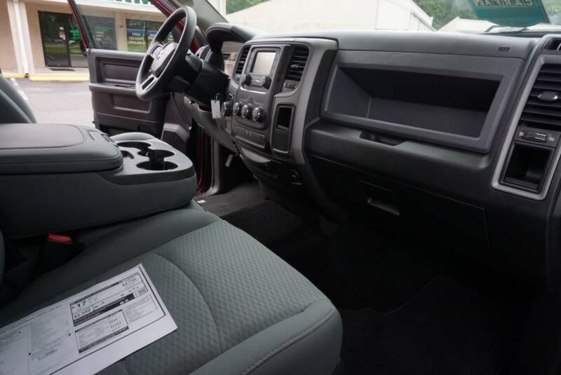 2017 RAM Ram Pickup 1500 4x2 Express 4dr Crew Cab 5.5 ft. SB Pickup - Middleburg FL