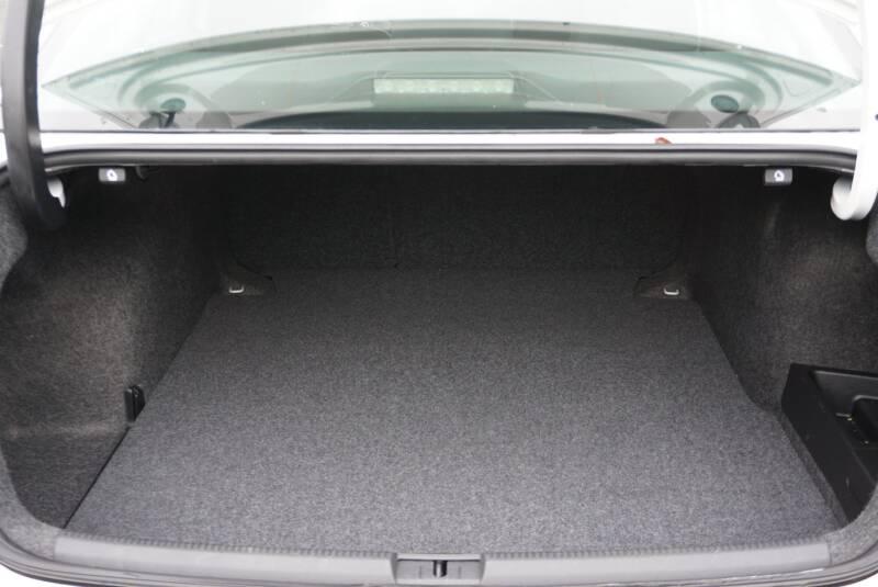 2012 Volkswagen Passat TDI SE 4dr Sedan 6A w/ Sunroof - Middleburg FL