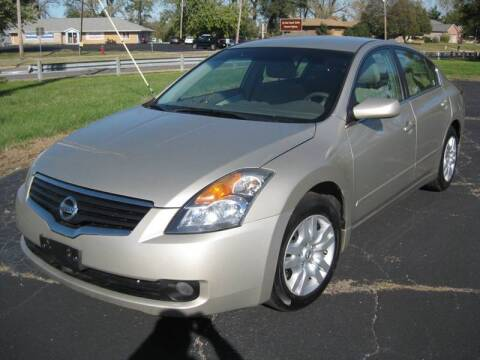 2009 Nissan Altima for sale at Pre-Owned Imports in Pekin IL