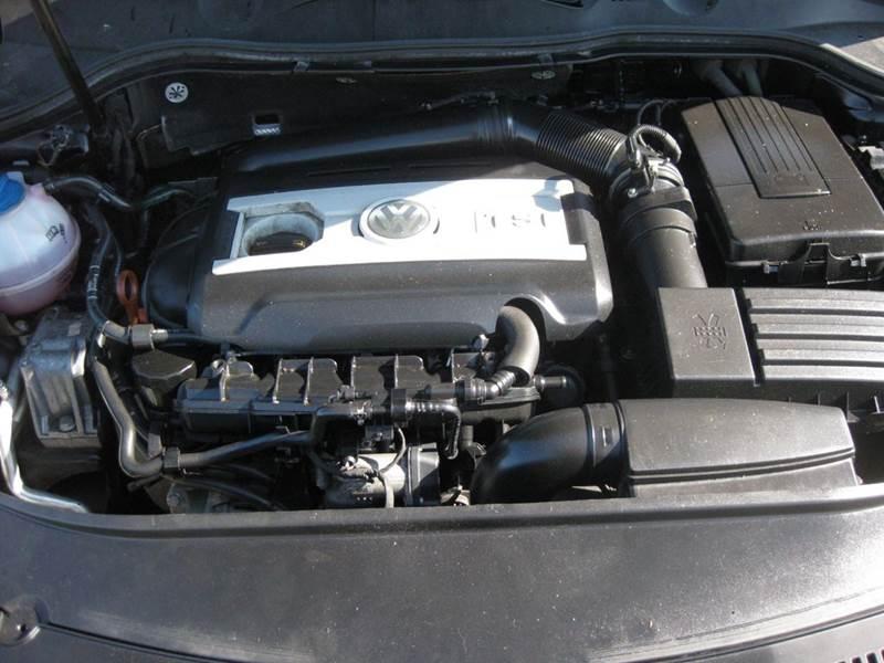 2009 Volkswagen Passat Komfort 4dr Sedan - Pekin IL