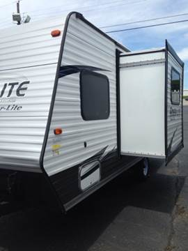 2017 Ameri-Lite by Gulf Stream 19DS