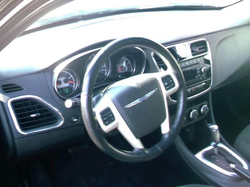 2011 Chrysler 200 Touring 4dr Sedan - Concord NH