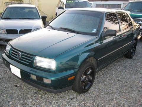 1996 Volkswagen Jetta for sale at MIDLAND MOTORS LLC in Tacoma WA