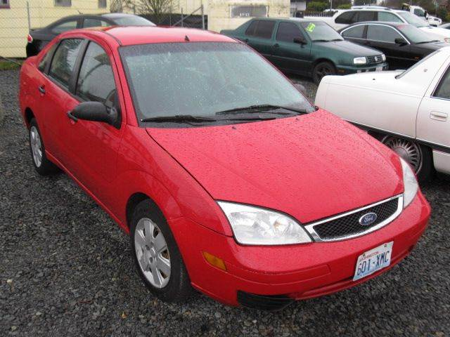 2007 Ford Focus for sale at MIDLAND MOTORS LLC in Tacoma WA