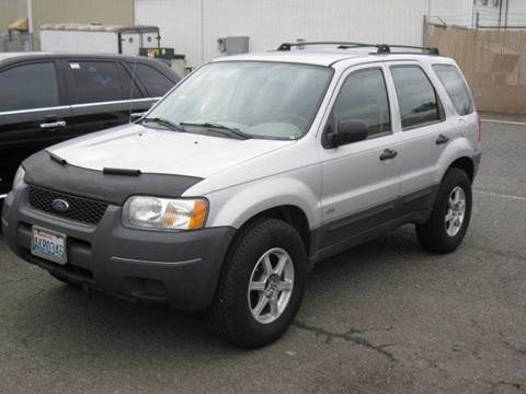 2004 Ford Escape for sale at MIDLAND MOTORS LLC in Tacoma WA