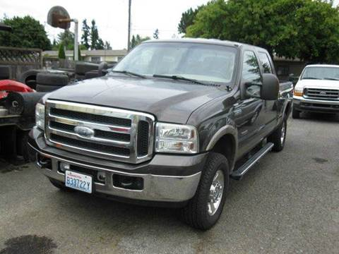2006 Ford F-250 Super Duty for sale at MIDLAND MOTORS LLC in Tacoma WA