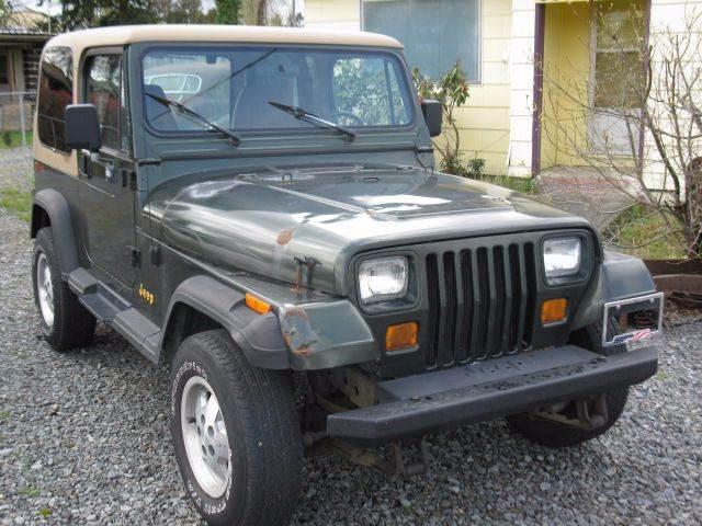 1995 Jeep Wrangler for sale at MIDLAND MOTORS LLC in Tacoma WA