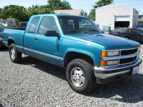 1995 Chevrolet C/K 1500 Series for sale at MIDLAND MOTORS LLC in Tacoma WA