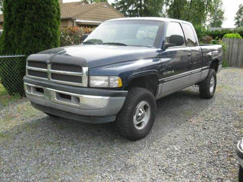 2000 Dodge Ram Pickup 1500 for sale at MIDLAND MOTORS LLC in Tacoma WA