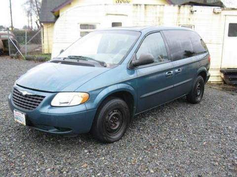 2002 Chrysler Voyager for sale at MIDLAND MOTORS LLC in Tacoma WA