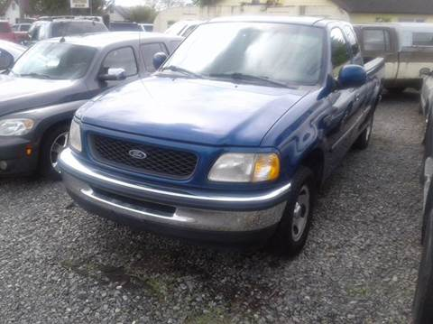 1998 Ford F-150 for sale at MIDLAND MOTORS LLC in Tacoma WA