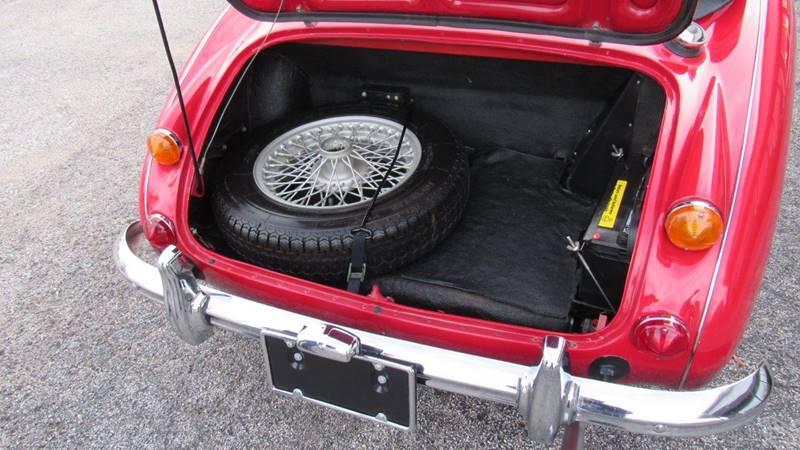 1966 Austin-Healey 3000 MK III 4